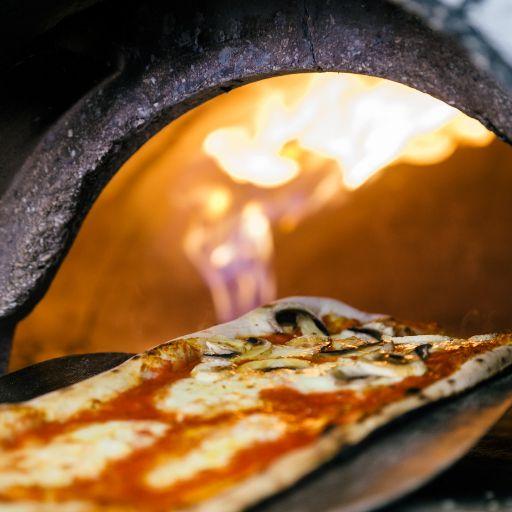 Hana Maria Pizza